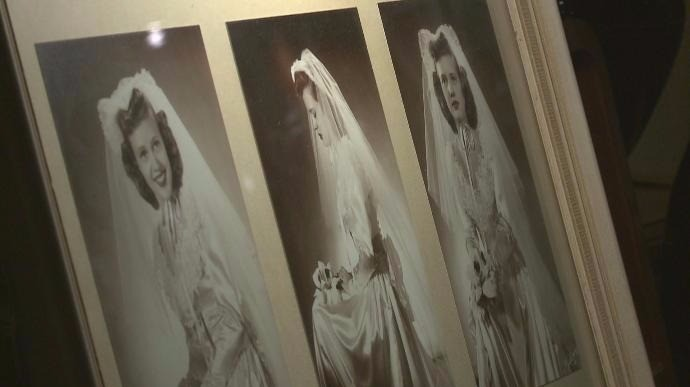 Woman finds mother 39 s wedding dress photo in grand for Wedding dresses grand junction co