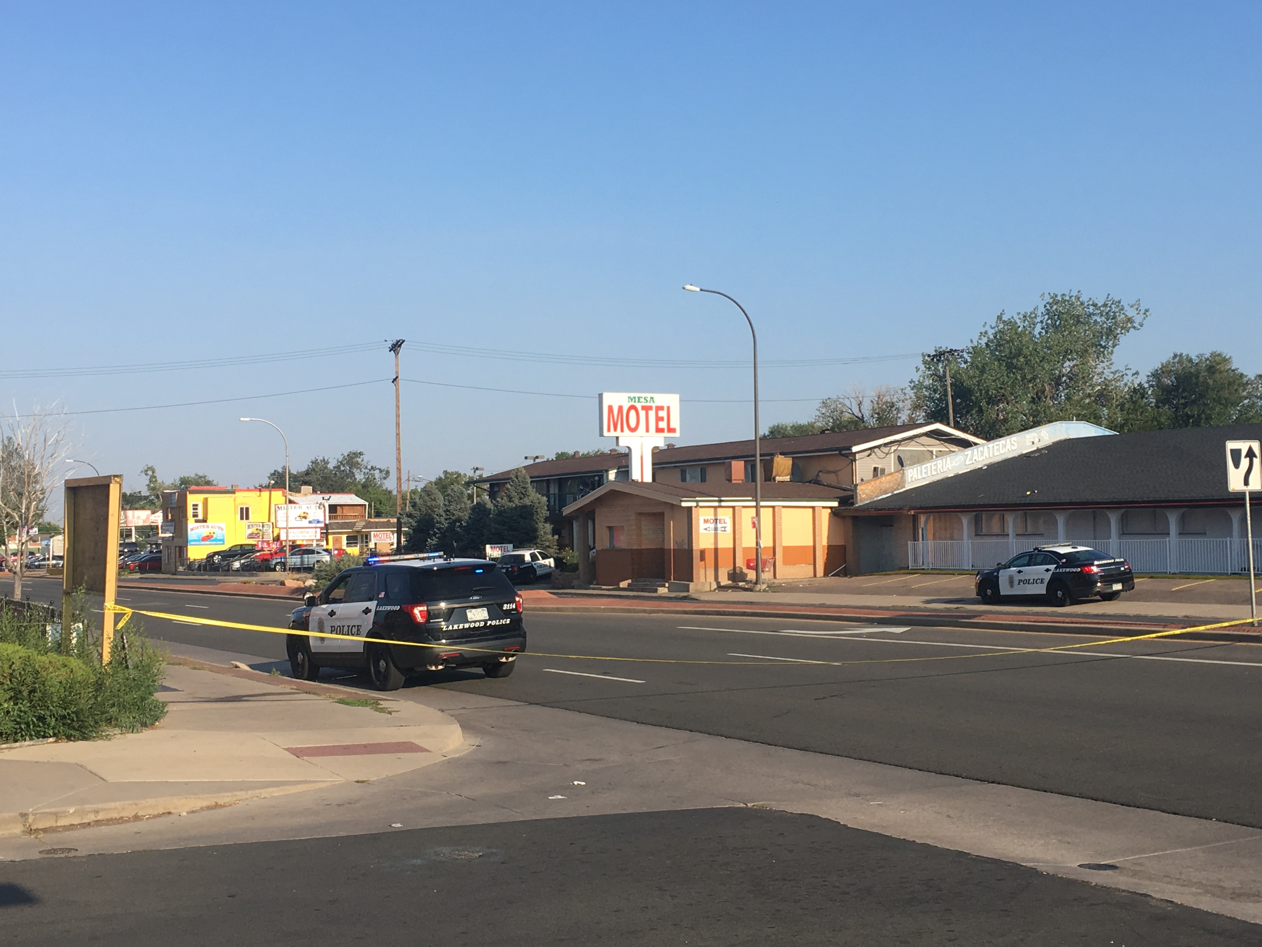 Man Robs Motel Barricades Self In Another Motel And